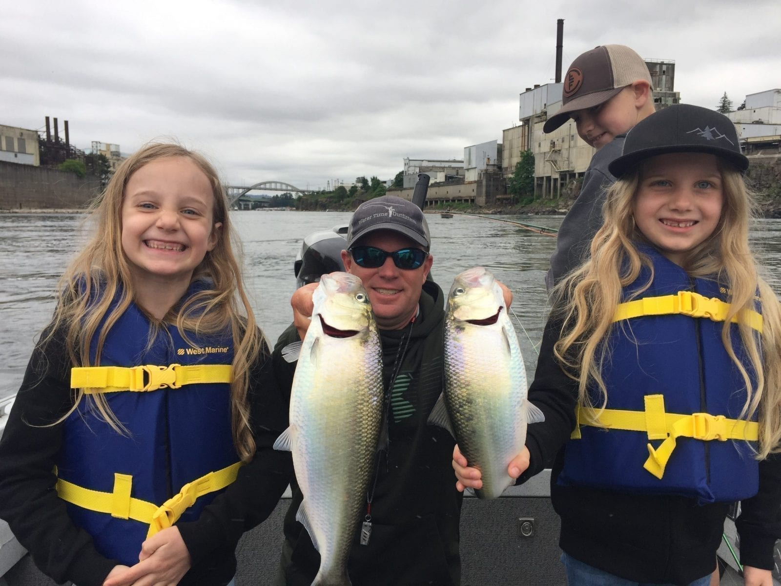 Fishing for Shad in June on Oregon's Willamette River is perfect for kids!
